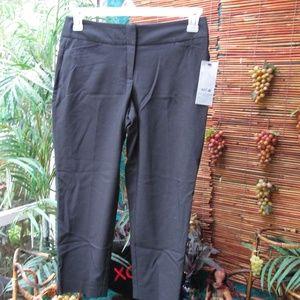 NEW Women's Pants Capri mid Rise Straight